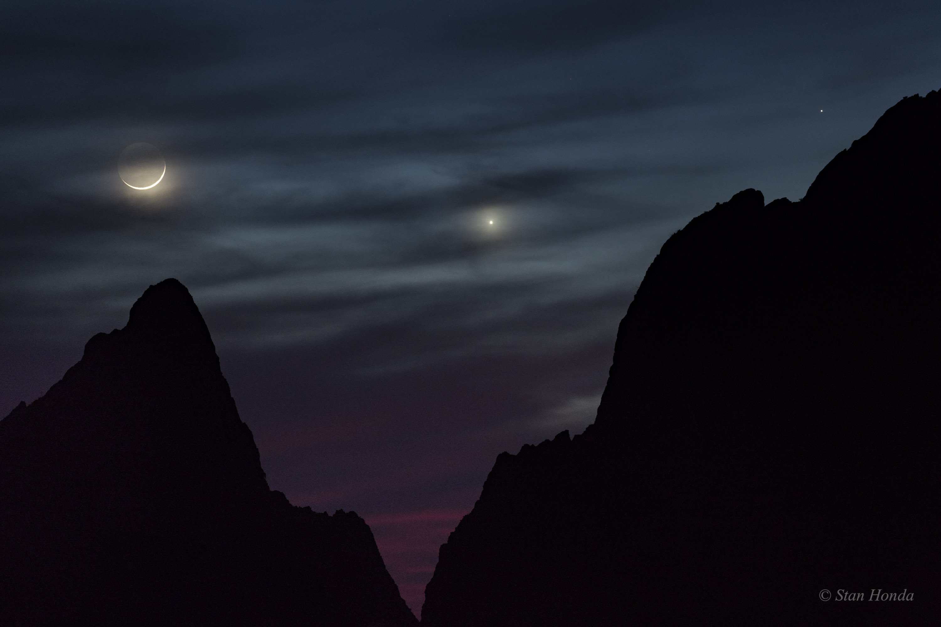 Tonight, See Saturn Near the Moon in the Night Sky! | Old