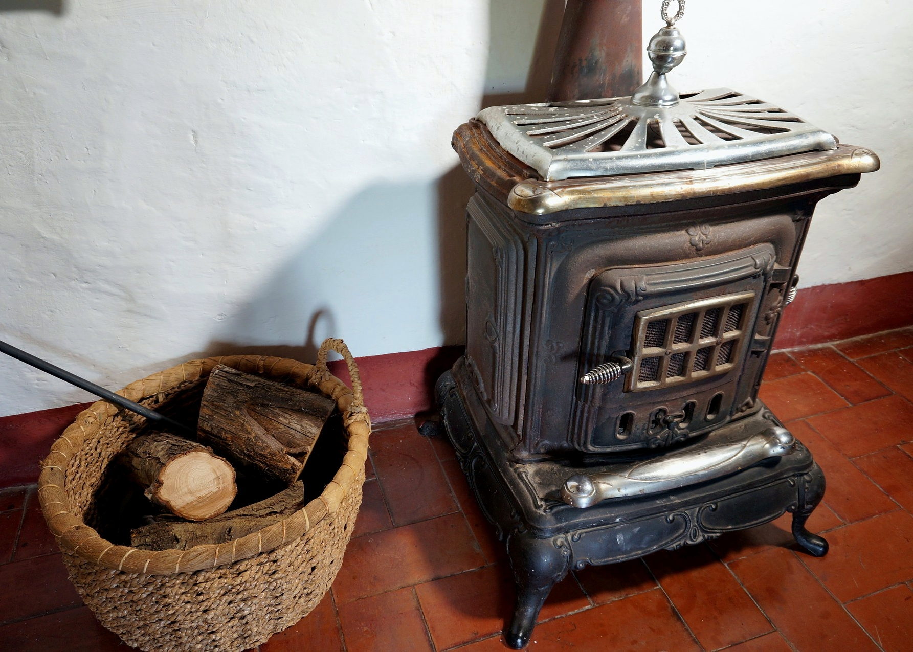A Brief History Of The Wood Stove The Old Farmer S Almanac