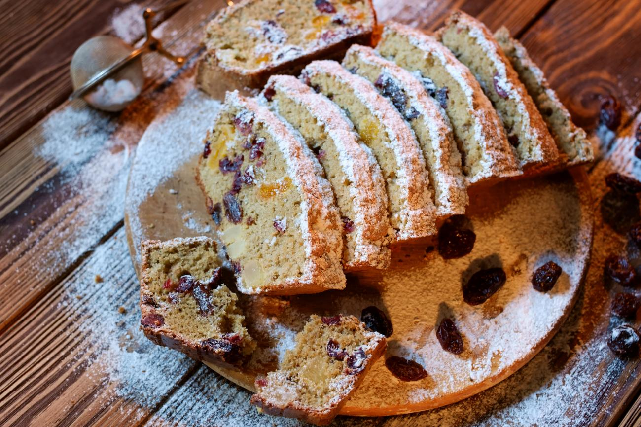 Nut and Dried Fruit Christmas Fruitcake
