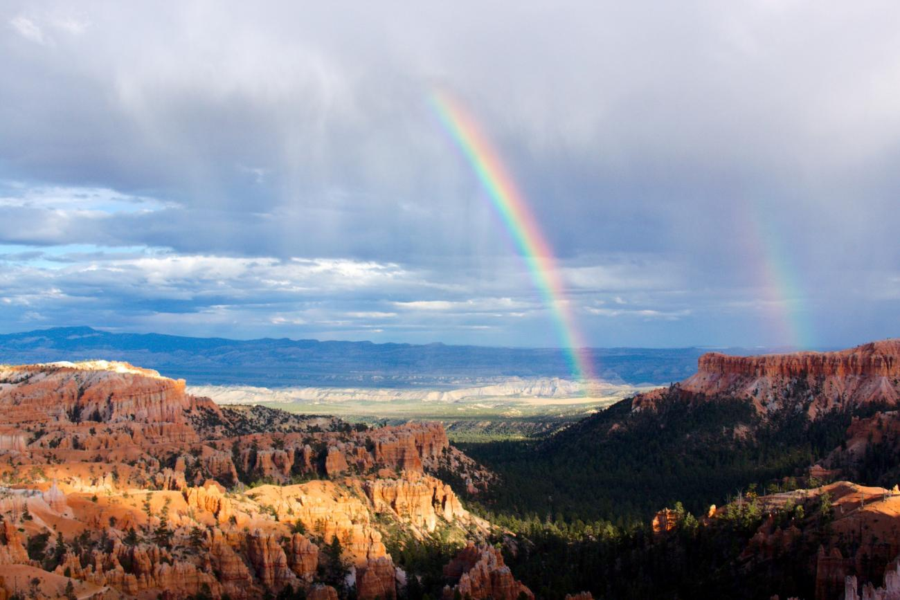 Rainbows over Bryce Canyon