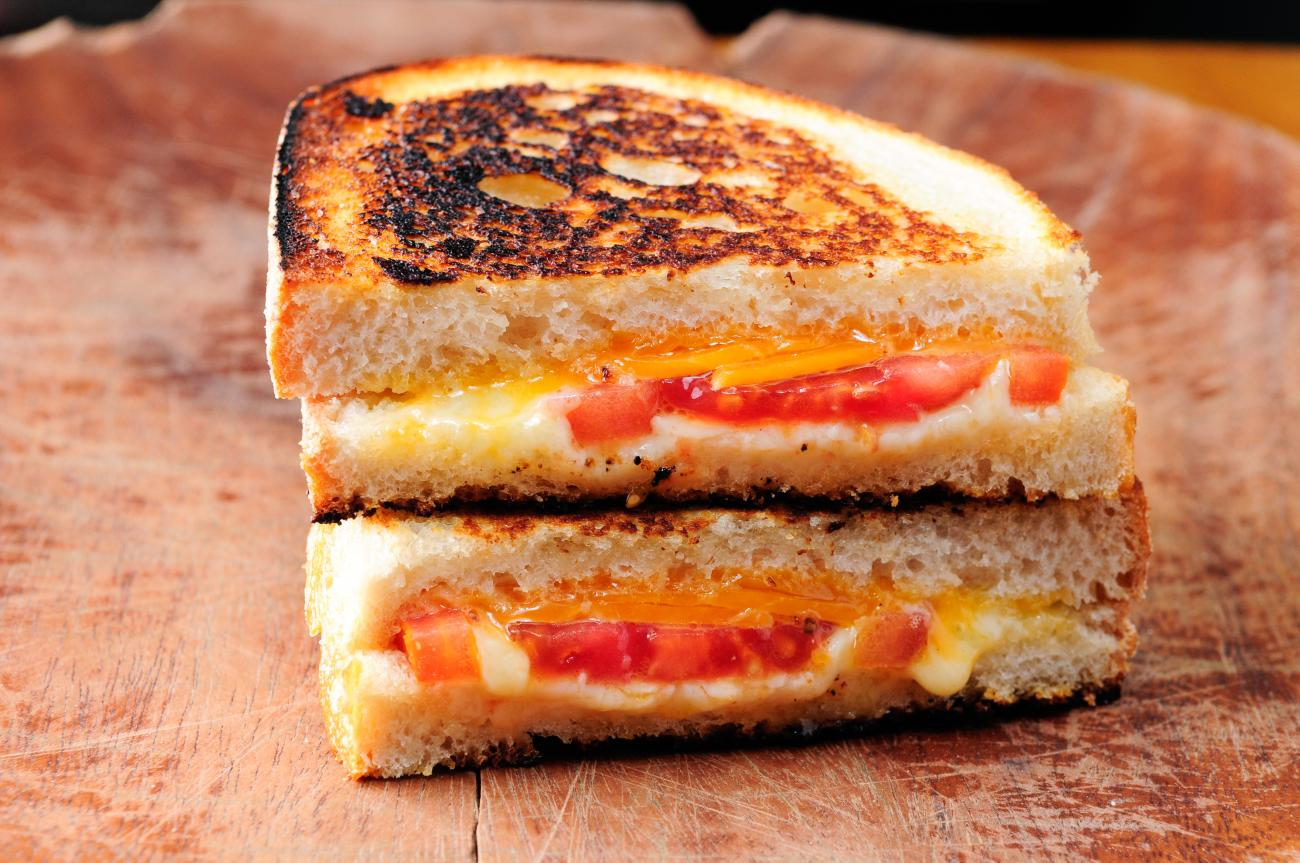 grilled-cheese-and-tomato