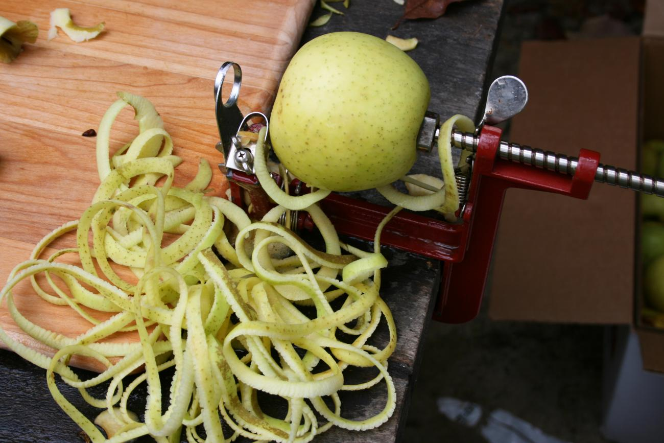 Handcranked Apple Peeler