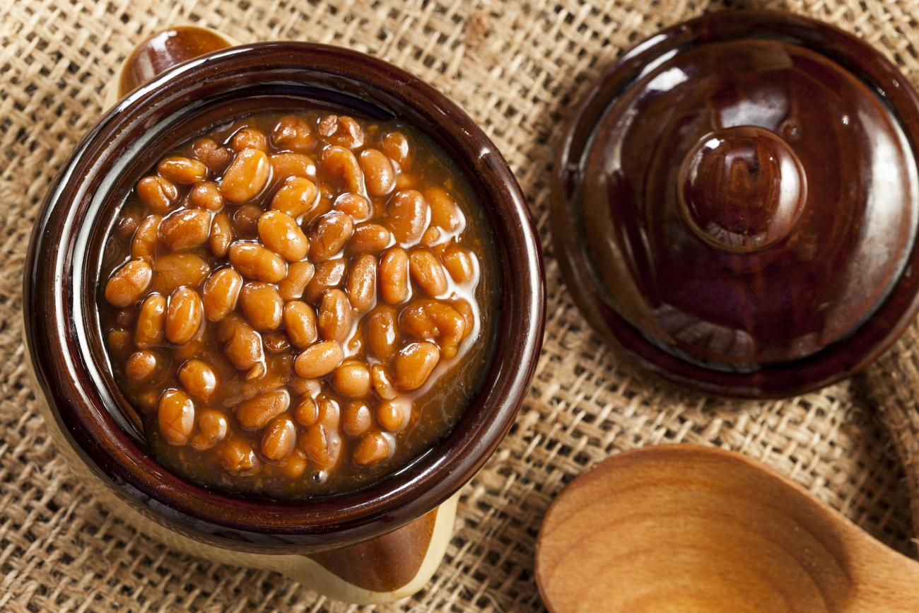 old-fashioned-baked-beans