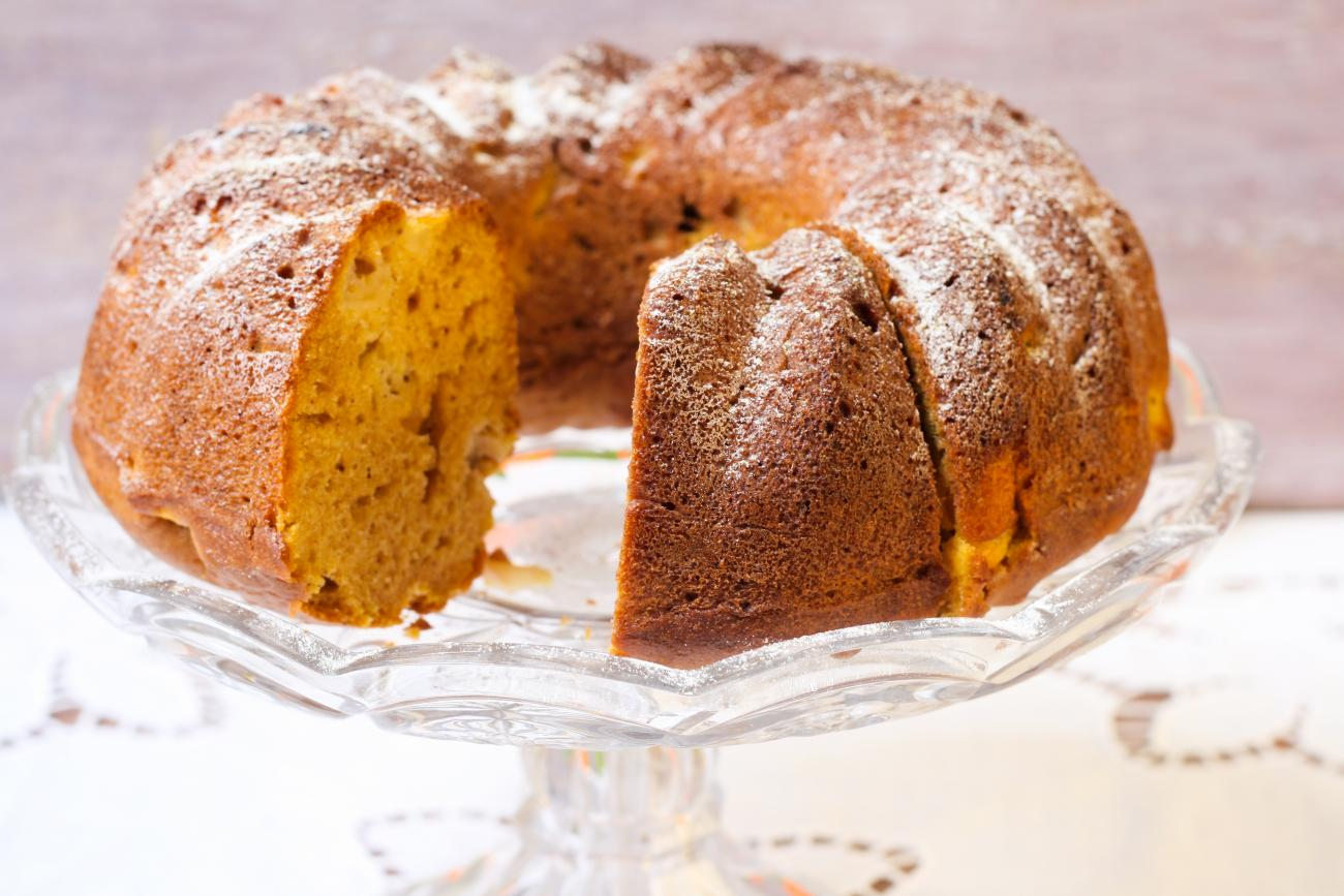 pumpkin-walnut-cake