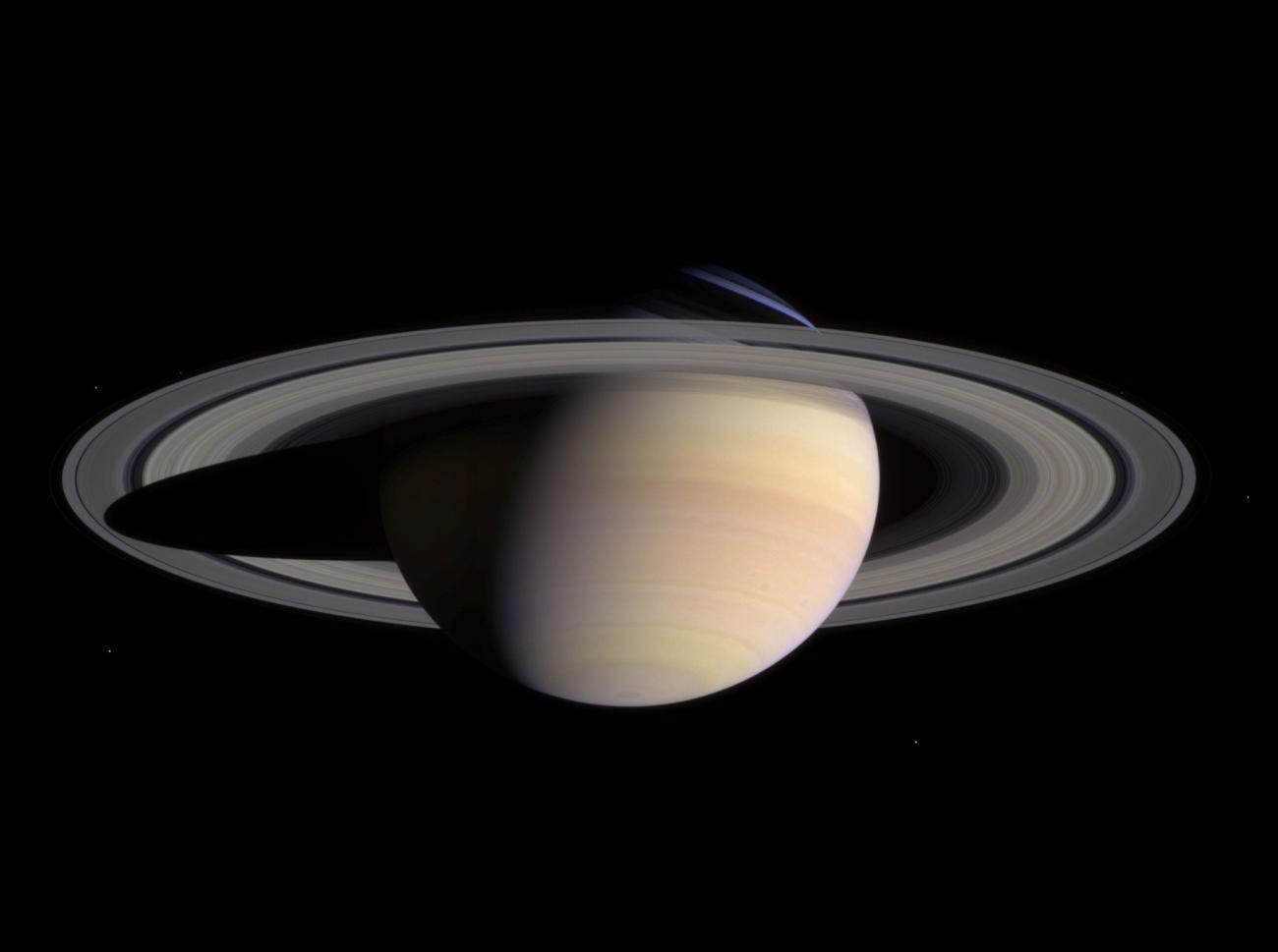 Approach to Saturn
