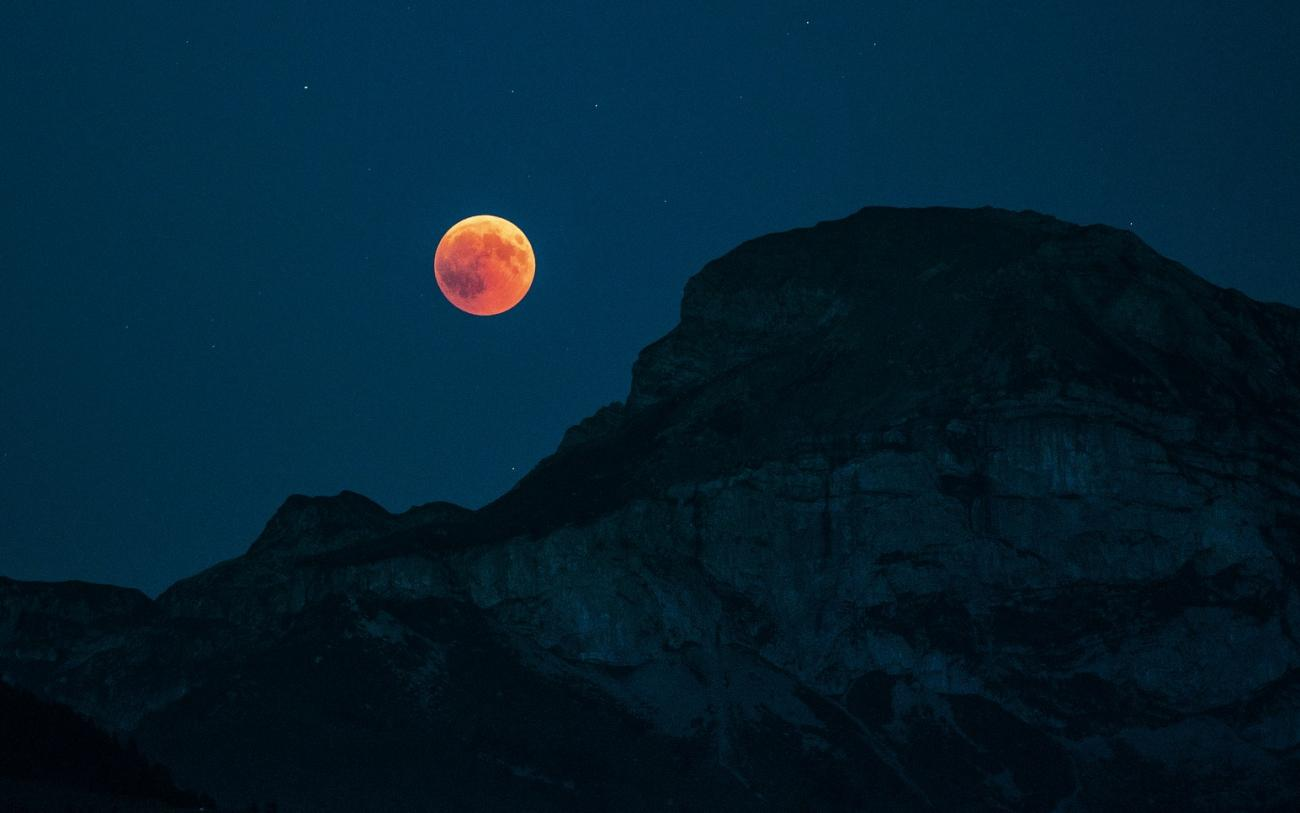 Total Lunar Eclipse Mountain