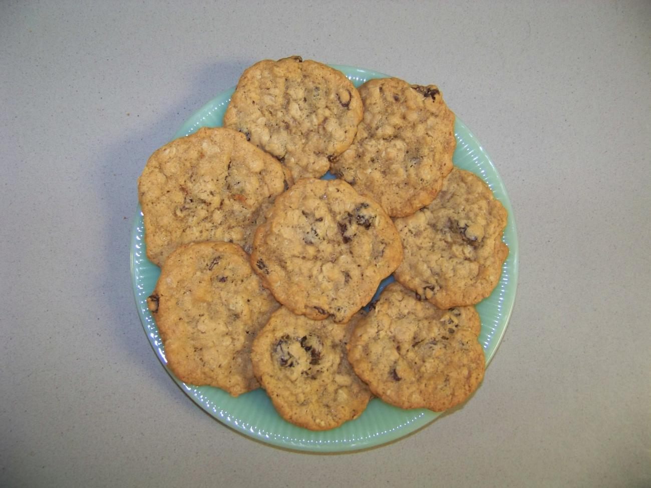 Recipe for Sandy's Oatmeal Raisin Cookies