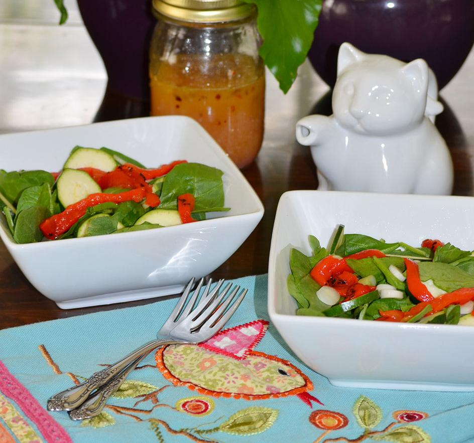 Recipe for Roasted Red Pepper and Spinach Salad