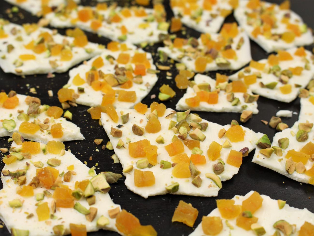 Recipe for Apricot and Pistachio Bark