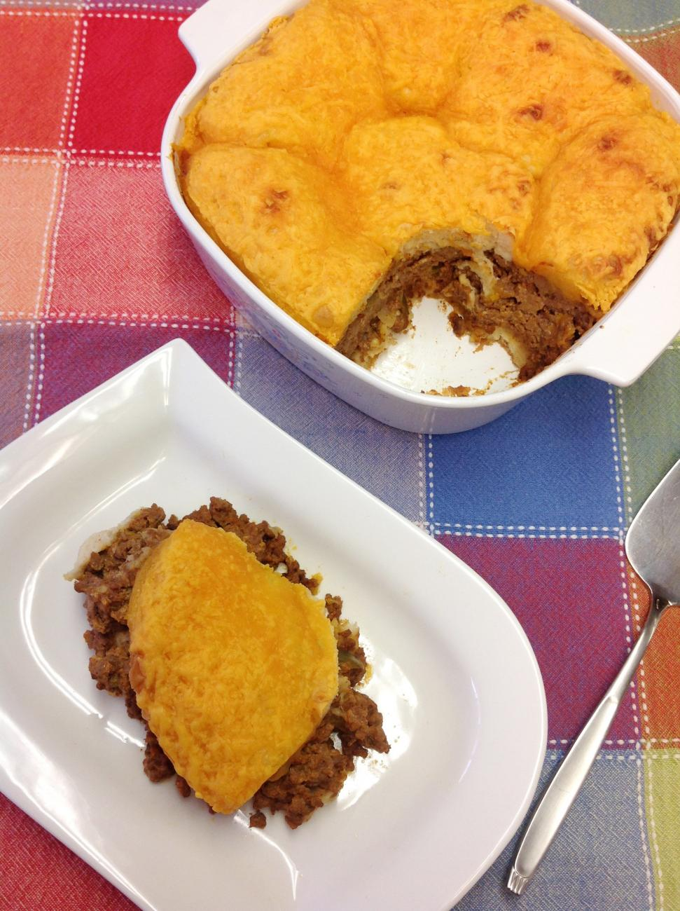 Recipe for Beef 'n' Biscuit Casserole