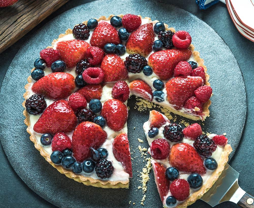 Recipe for Berry Tart with Crème Anglaise