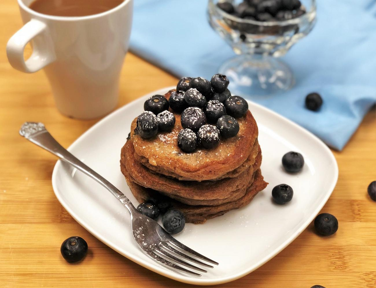 Recipe for Blueberry Sour Cream Pancakes