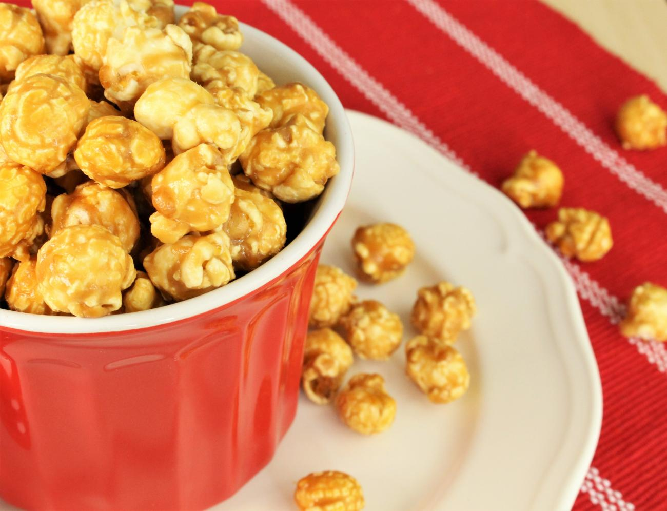 Recipe for Oven Caramel Corn
