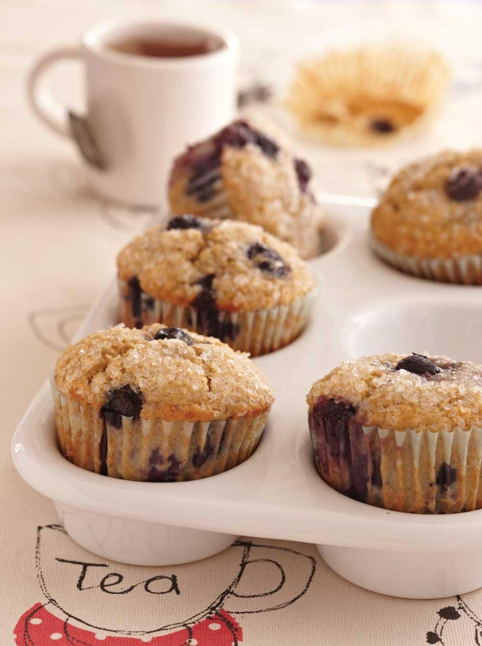 Recipe for Oat Bran–Banana-Blueberry Muffins