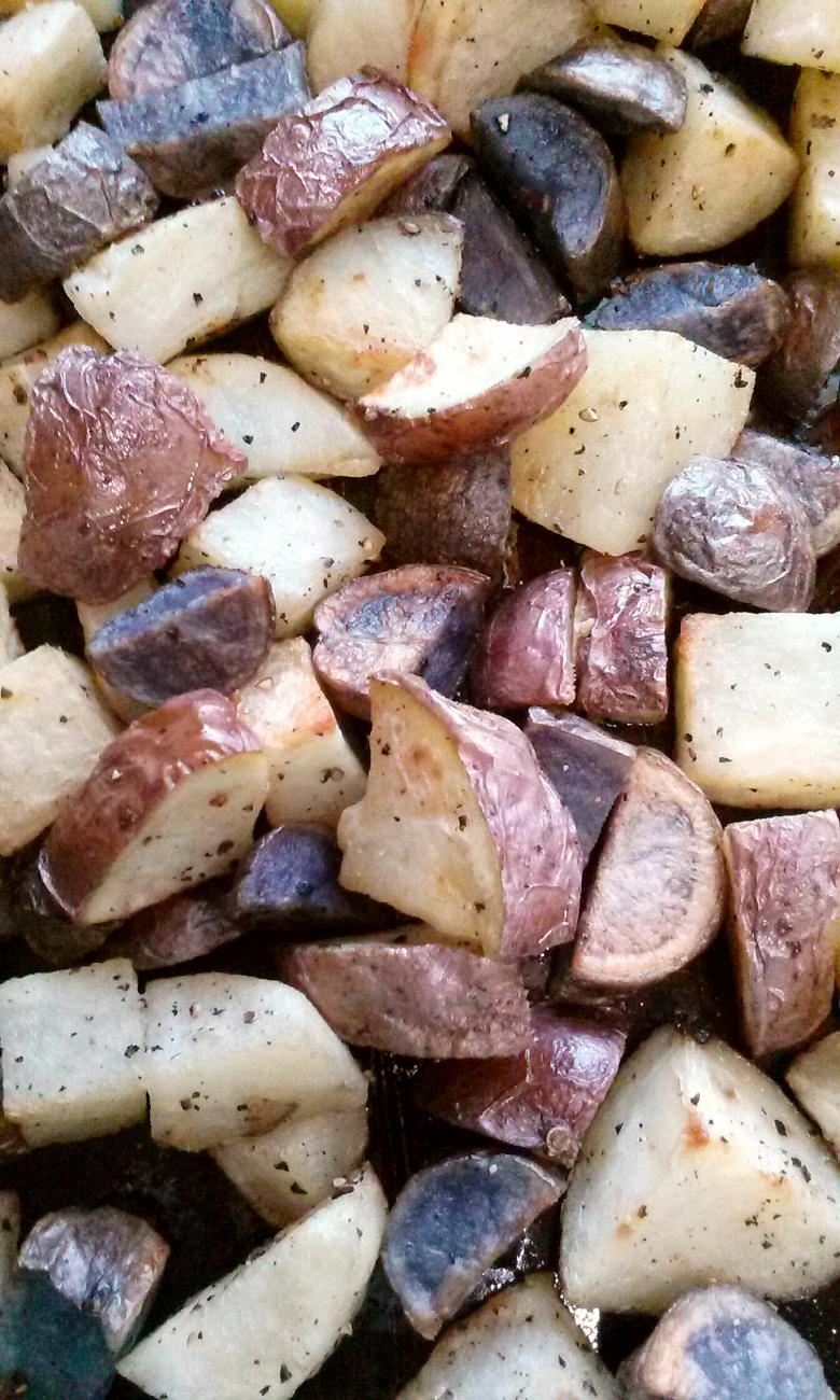 Recipe for Roasted Red, White, and Blue Potatoes