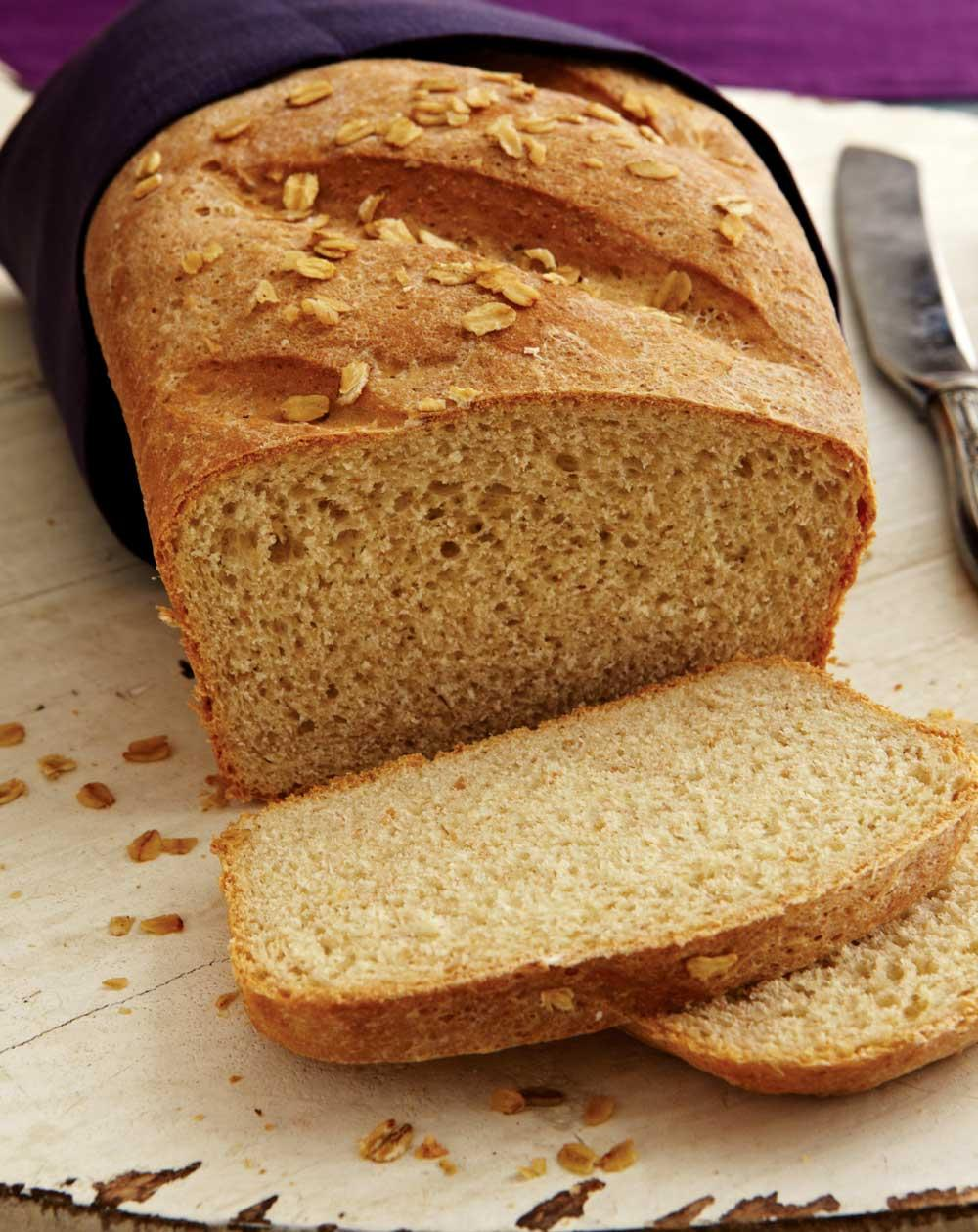 Recipe for Whole Wheat and Oatmeal Sandwich Bread