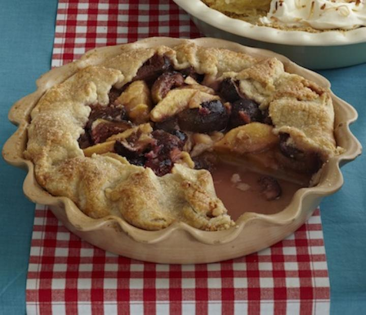 topless-pear-fig-pie.jpg