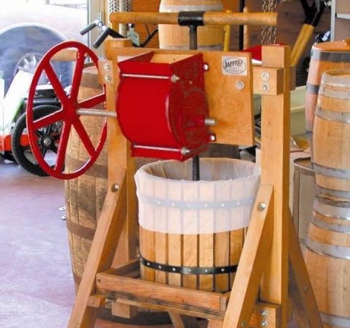 apple-cider-press.jpg
