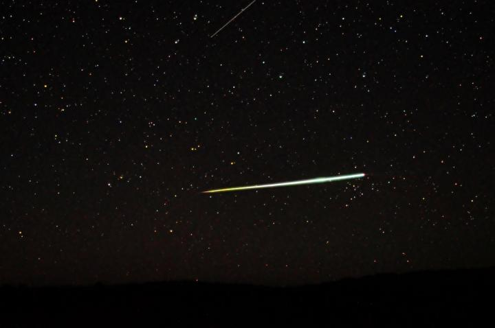 Bolide Meteor. Photo by C m handler/Wikimedia Commons.