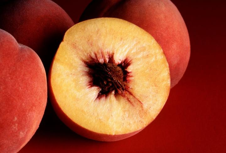 stale-bread-recipes-peach.jpg