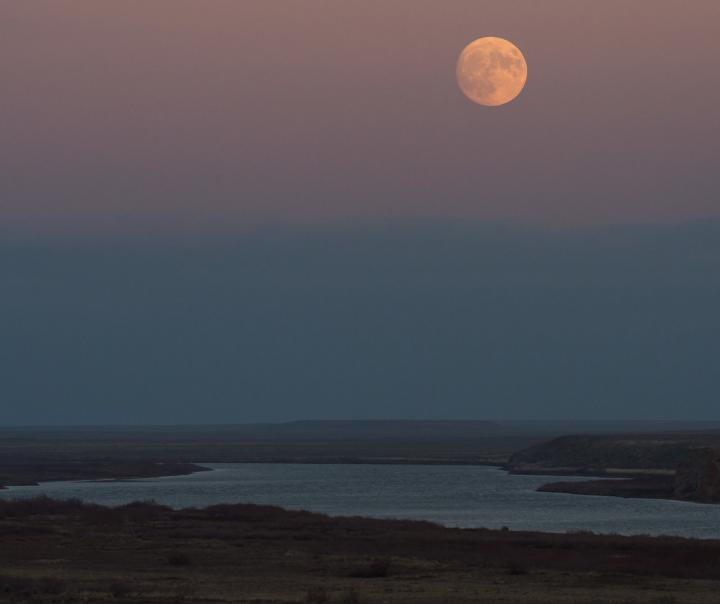 Image: Moonrise over the Syr Darya river, Sunday, Nov. 13, 2016, Baikonur, Kazakhstan. Credit: NASA/Bill Ingalls
