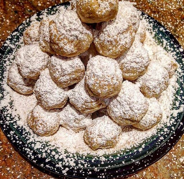 easy-snowballs-cookies.jpg
