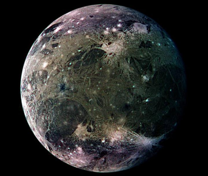 jupiters-moon-ganymede-is-the-largest-moon-in-the-solar-system.-it-is-composed-of-silicate-rock-and-water-ice-with-an-iron-rich-liquid-core.-a-saltwater-ocean-is-believed-to-exist-below-the-surface_full_width.jpg