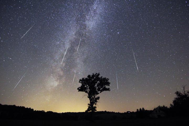 perseid-meteor-shower.jpg