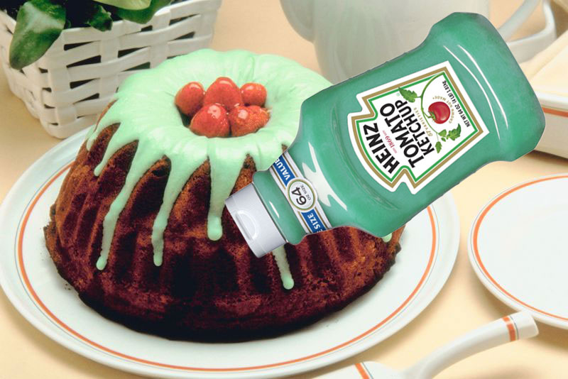 Use ketchup squeeze bottles to decorate cakes