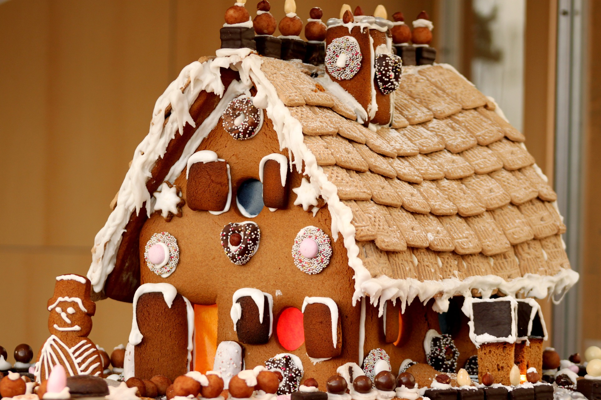 Gingerbread House Decorating Tips The Old Farmer S Almanac