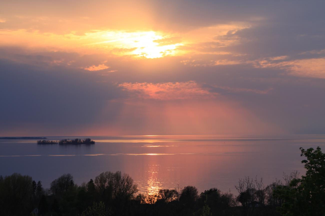 """Sun""sational Evening on Lake Ontario"