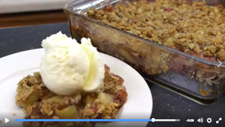 apple-rhubarb-crunch.png