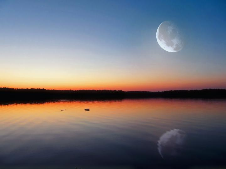 best-fishing-days-full-moon.jpg